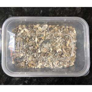 Chickengear Reusable Tub of Mixed Poultry Grit