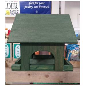 Free-Standing Little Bird House